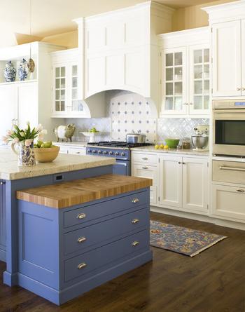 Оформляем кухню в загородном доме