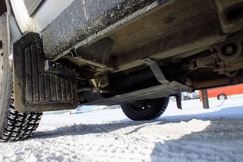 Как определить, откуда берется гул в автомобиле, а затем его устранить