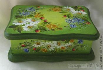 Украшаем шкатулку рисунками ромашек и васильков