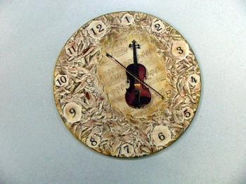 Часы с рельефной пастой