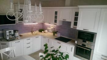 Кухня – минимализм и прямые линии