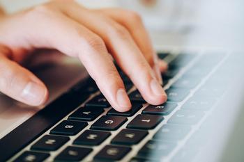 Как почистить клавиатуру в домашних условиях