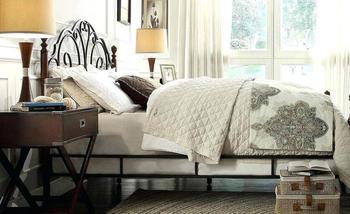 Коврики для спальни. Что положить на пол у кровати?