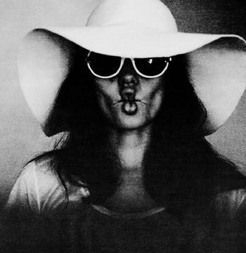 Фотографии из семейного альбома: Анджелина Джоли в объективе Брэда Питта