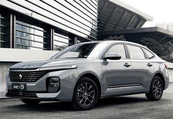 Baojun RC-5 2021: полноразмерный седан начального ценового уровня