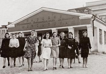 Как выглядели советские студентки