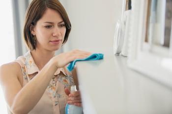 Больше никакой уборки: как защитить телевизор и монитор от оседания и накопления пыли