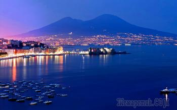 Италия в конце января. 19. Неаполь. В районе порта и на площади Пьяца-дель-Плебисцито