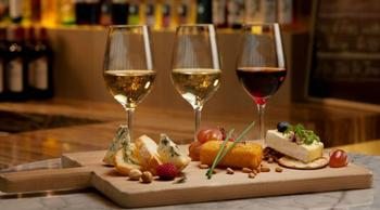 Лучшие сочетания сыра и вина