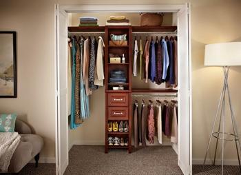 Как сделать гардеробную комнату из кладовки: идеи обустройства