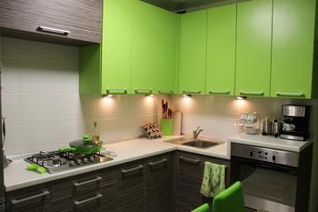 Атмосфера тепла и уюта на кухне 10 кв. м