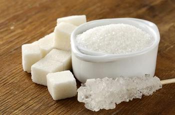 Развеиваем самые популярные мифы о сахаре