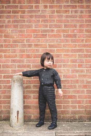 «На вырост»: изобретена детская одежда, которая растёт вместе со своим маленьким владельцем
