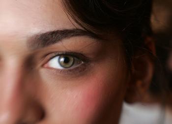 Как снять напряжение с глаз: лучшие способы
