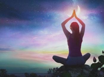 4 энергетические практики, которые помогут восполнить силы и зарядиться энергией