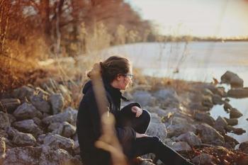 Гороскоп одиночества: какие знаки Зодиака получают удовольствие от уединения