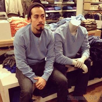 Фотографии мужчин, чья сила воли закалялась в магазинах