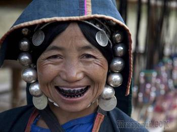Какой косметикой пользовались женщины прошлого, и почему она была опасна для жизни