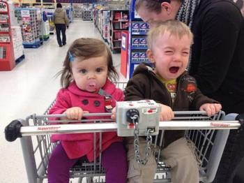 Поход в магазин с детьми — занятие для сильных духом