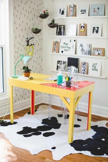 Как декорировать стол с помощью эпоксидной смолы