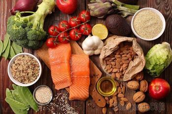 10 продуктов, которых следует избегать при диарее