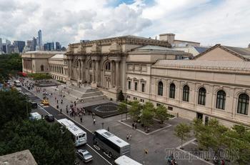 """По залам музея... Городской музей. Нью-Йорк. """"Махи на балконе"""""""