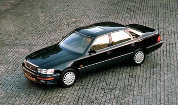 Lexus LS 400 XF20. Нестареющая классика