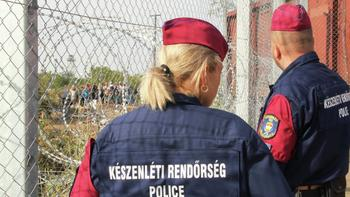 Венгерскую журналистку, ударившую сирийского мигранта, осудили на три года