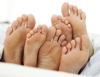 Неприятной потливость ног — боремся с проблемой
