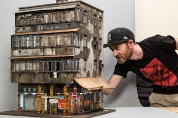 Миниатюрные трущобы из картона и дерева от Джошуа Смита
