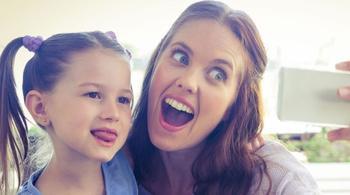 Родители и дети 3 типа мам, которые всех раздражают в социальных сетях