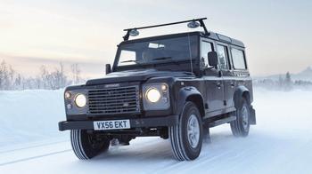 Алюминий не спасет: стоит ли покупать Land Rover Defender за 1,5 миллиона рублей