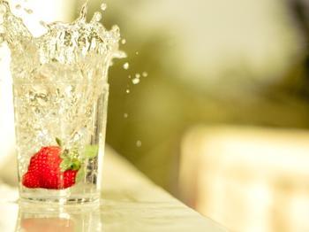 7 способов узнать правду о воде, которую вы пьете, не выходя из дома