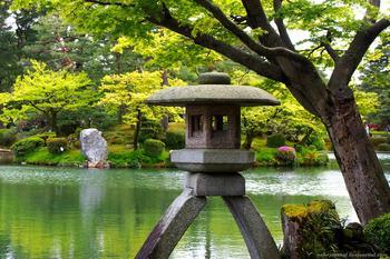 Кенрокуэн в Канадзаве входит в тройку лучших садов Японии