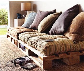 Мебель для дачи из деревянных строительных поддонов