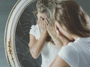 13 примет про разбитое зеркало