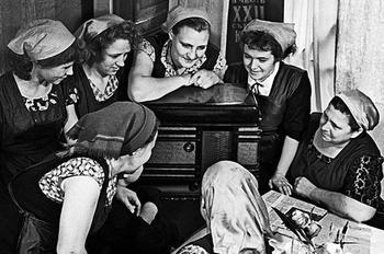 Как советские женщины обрадовались закону о 5-дневке?