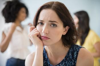 11 тревожных звоночков, что в тебе поселилась «тетка»