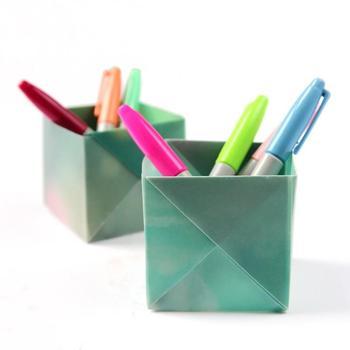 Органайзер для канцелярии в технике оригами