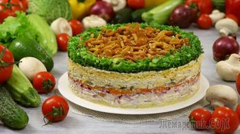 """Праздничный и очень вкусный! Слоёный салат """"Лесная поляна"""" с опятами, сыром и копченой курицей"""