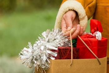 Опасные дни для покупок в декабре: астрологи рассказали когда воздержаться от растрат