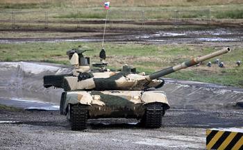 """""""Прорыв"""" на рынке вооружений. Россия показала новый танк Т-90М на испытаниях"""