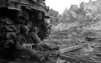 Жизнь длиною полчаса: сколько живет подразделение в бою