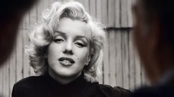 Джентельмены предпочитают: 10 известных блондинок, которые когда-то сменили цвет волос