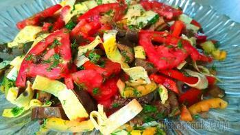 Обалденный салат без майонеза с баклажанами и яичными блинчиками!