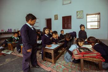 Как проходит первый урок в индийской школе
