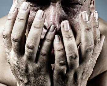 Физические и нравственные страдания – как возместить моральный вред?