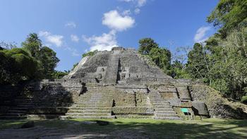 Древние храмы майя: 10 самых красивых культовых сооружений легендарной цивилизации