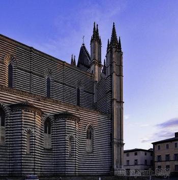 Италия.Умбрия.Orvieto.