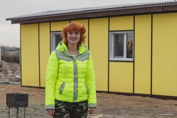 «Айтишница» из Минска за $5 тысяч превратила строительный вагончик в мини-дом, где будет жить круглый год